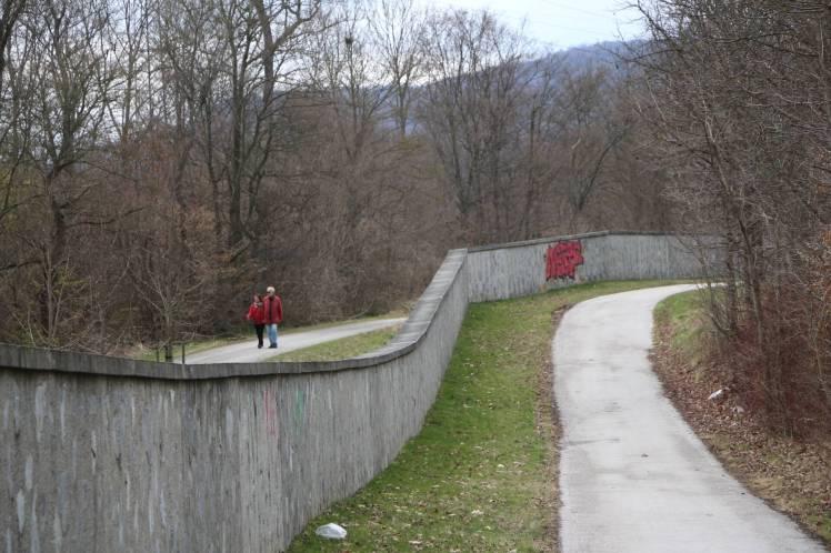 08 Mauer nach Pulverstampftor-beide Seiten