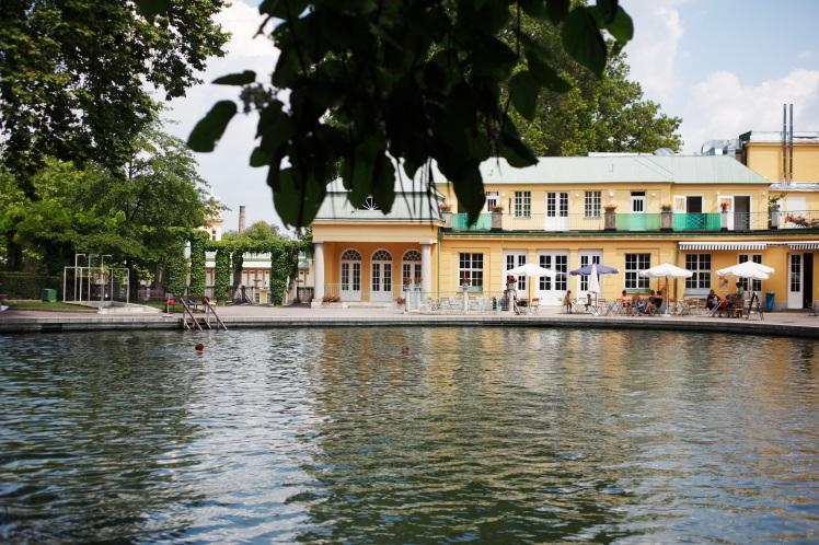 Thermalbad-Voeslau-0710_G9142