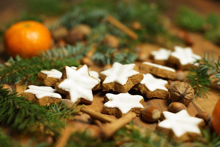 cinnamon-stars-2998962_1920