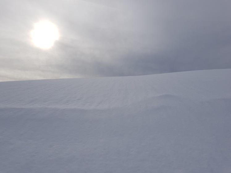 16 schneehang und sonne