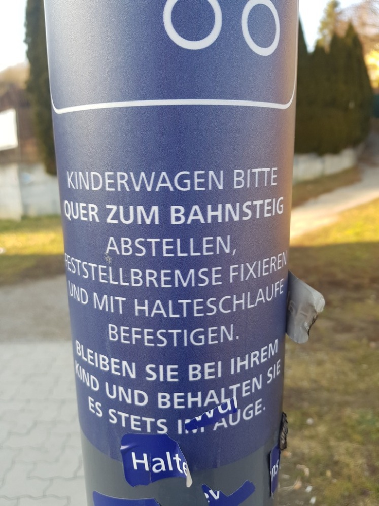 16 Kinderwagen-Warnpanik Bhf. Rekawinkel