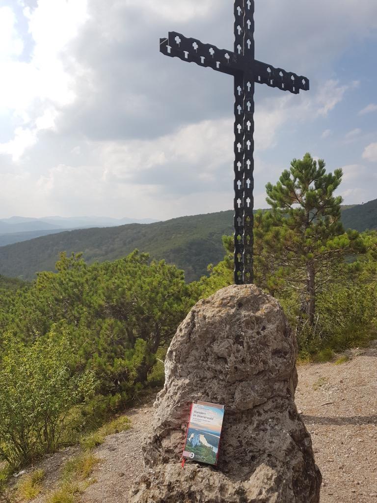 28 2. Auflage bei Jubiläumskreuz.jpg